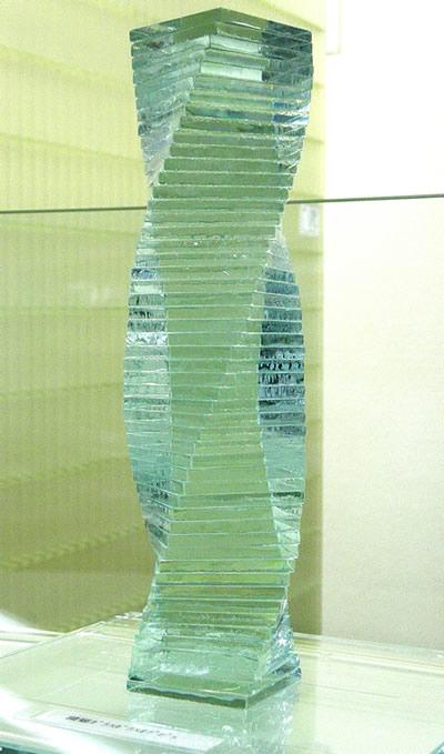 積層ガラス 角スパイラル