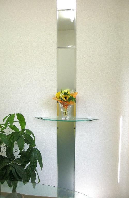 スリットフロストミラー  ガラス飾り棚
